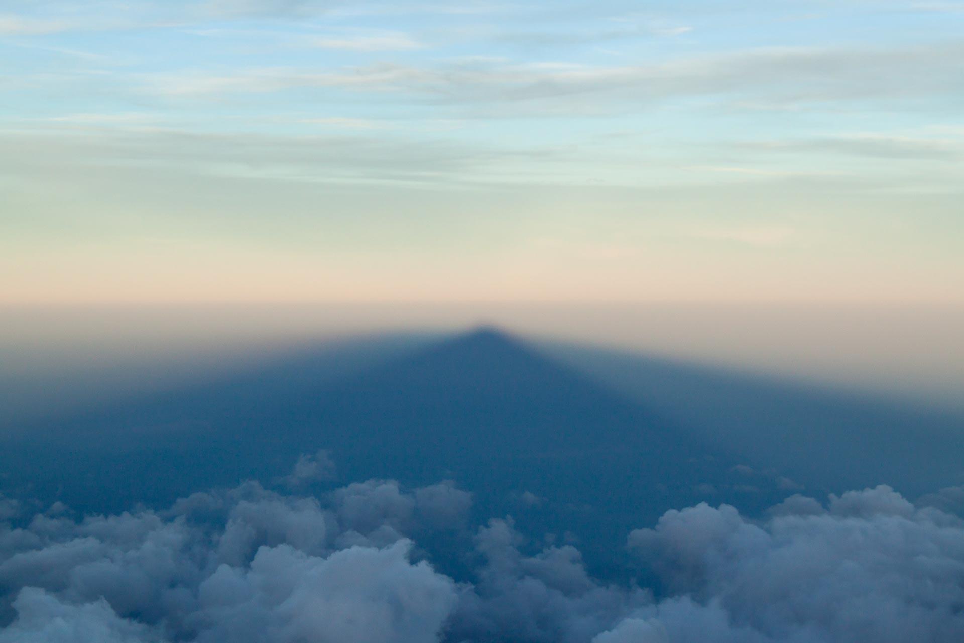 Schöne Aussichten: Bergschatten der Signalkuppe im Wallis.