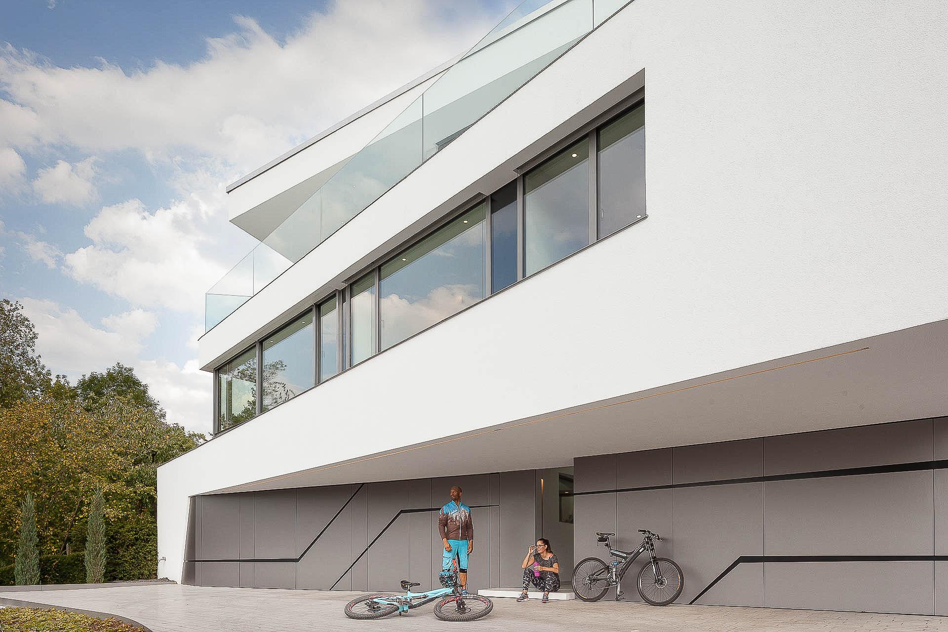 Design-Villa. Lee Mir Architekten: Villa Perlweiss