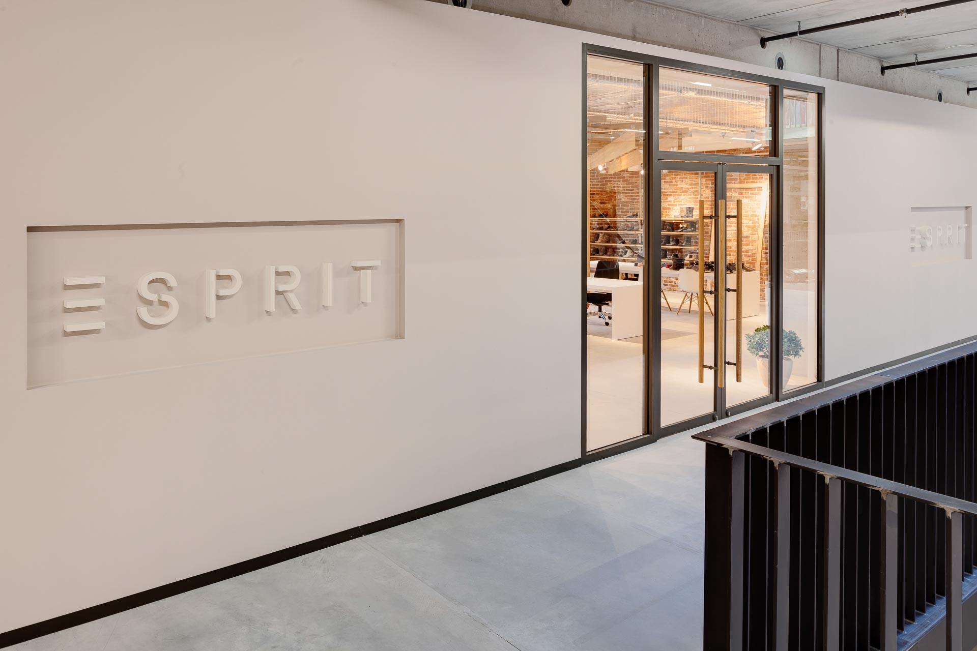 Esprit Showroom Mainhausen