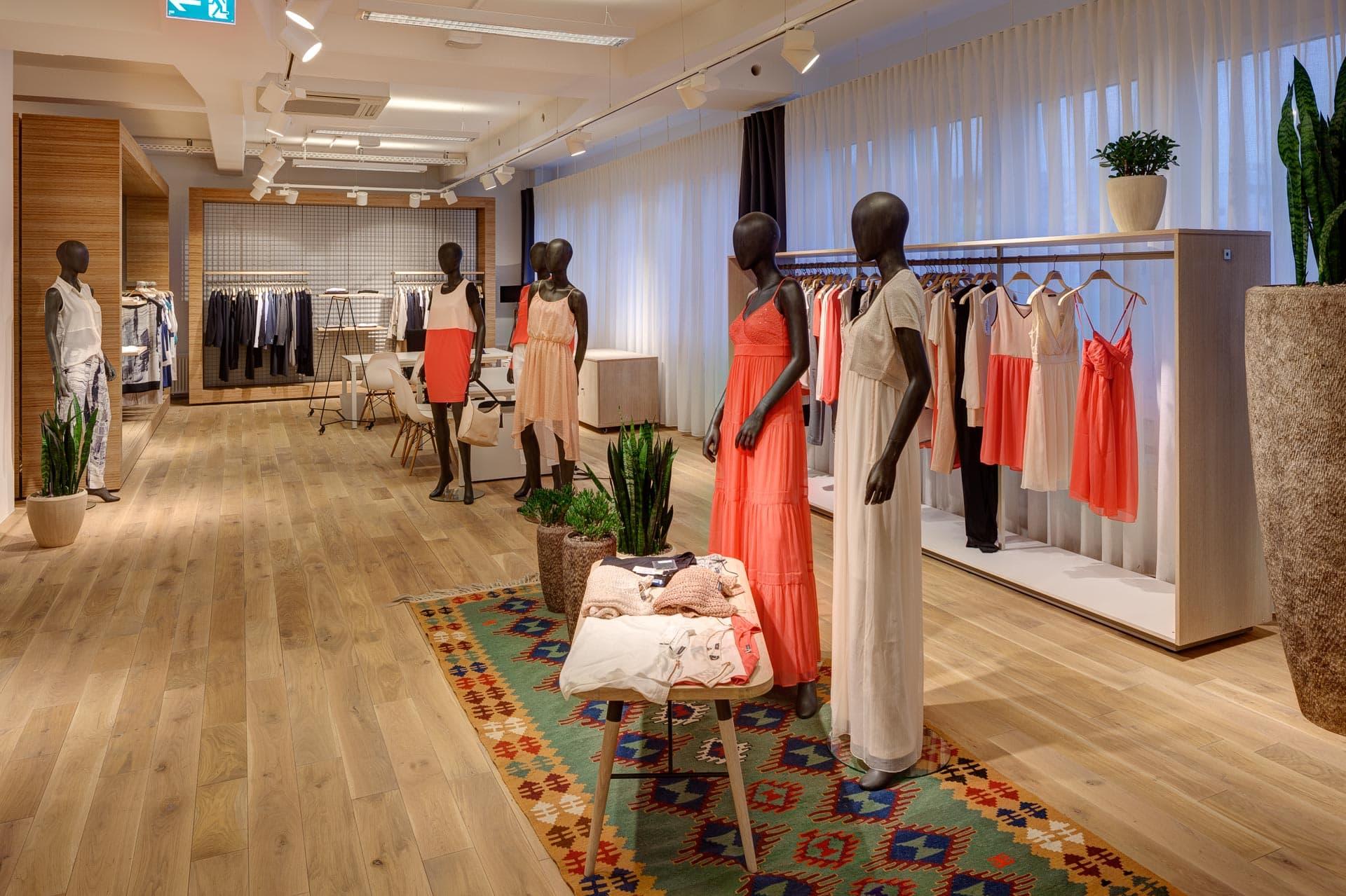 Esprit Showroom