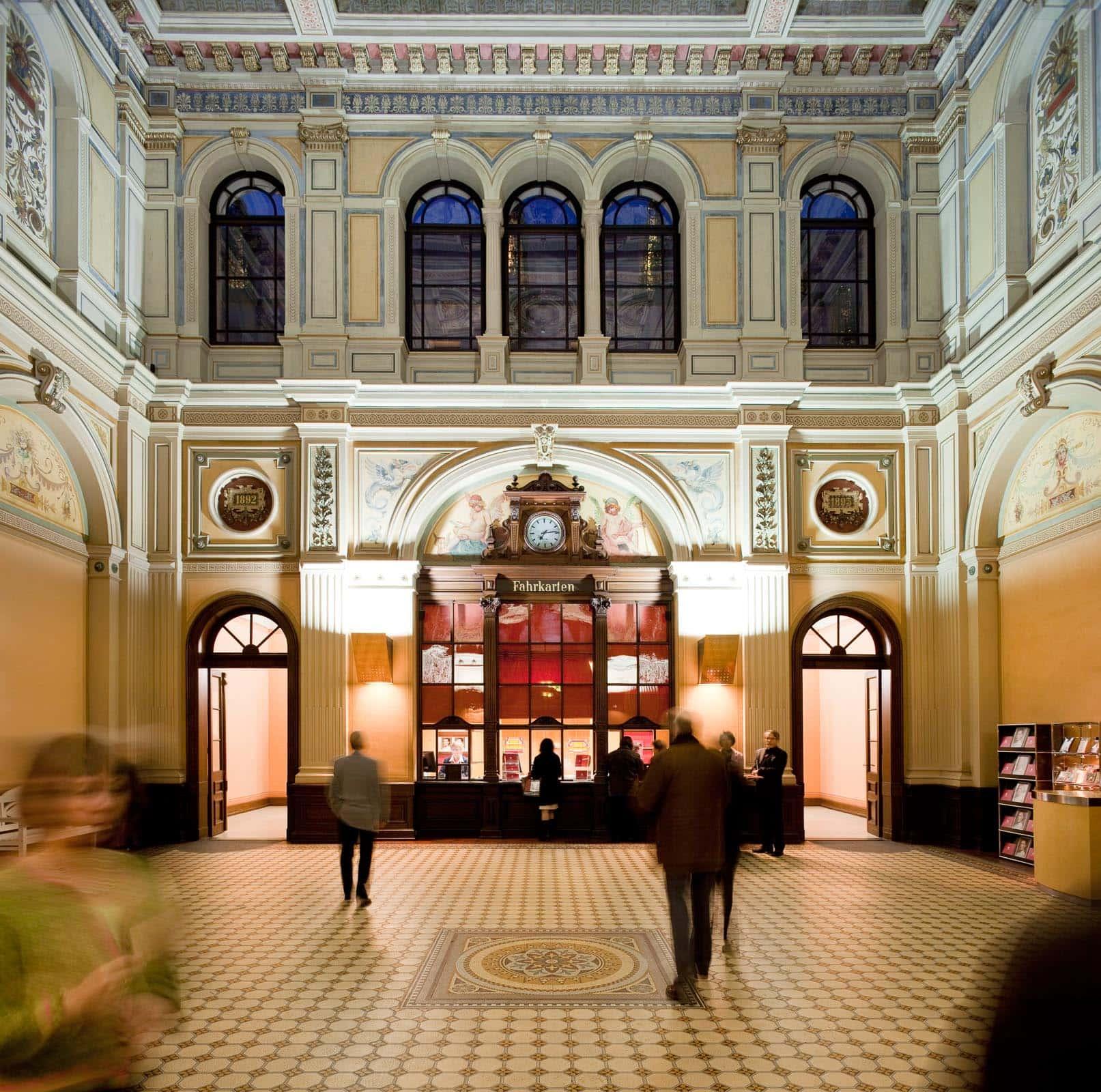 Schauspielhaus Baden-Baden, Alte Schalterhalle