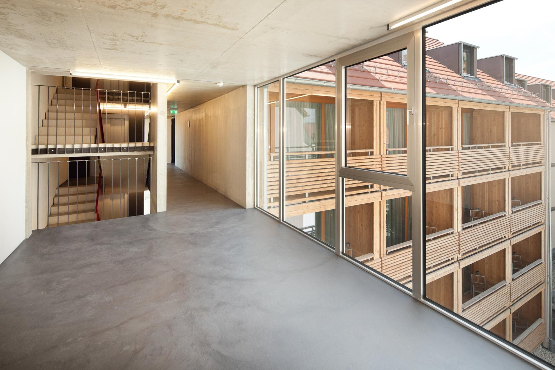 Hotelfotografie Schwanen Ehningen Süddeutschland Hotelfotografie: Korridor mit weiten Blicken im Hotel Schwanen in Ehningen an der Donau