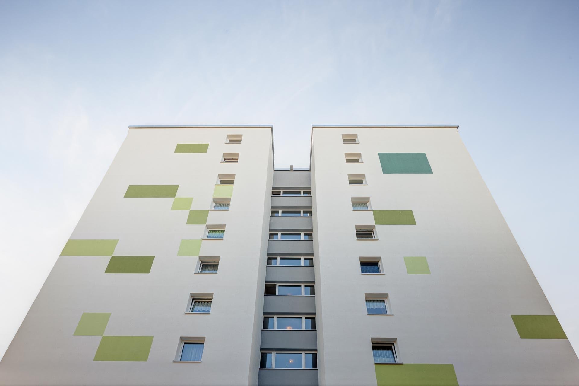 Hochhaus Sozialbau energetisch saniert