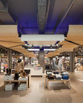 Erneuerter Intersport Shop komplett LED-beleuchtet