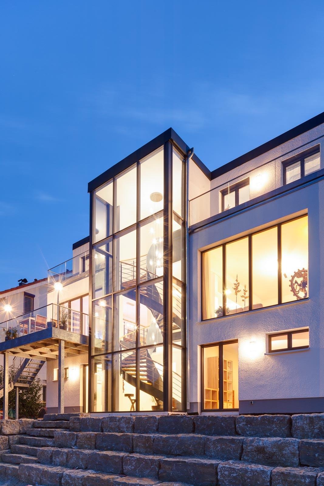 Architekturfotografie für Finstral AG. Einfamilienhaus-Fotograf Schwäbisch Hall.