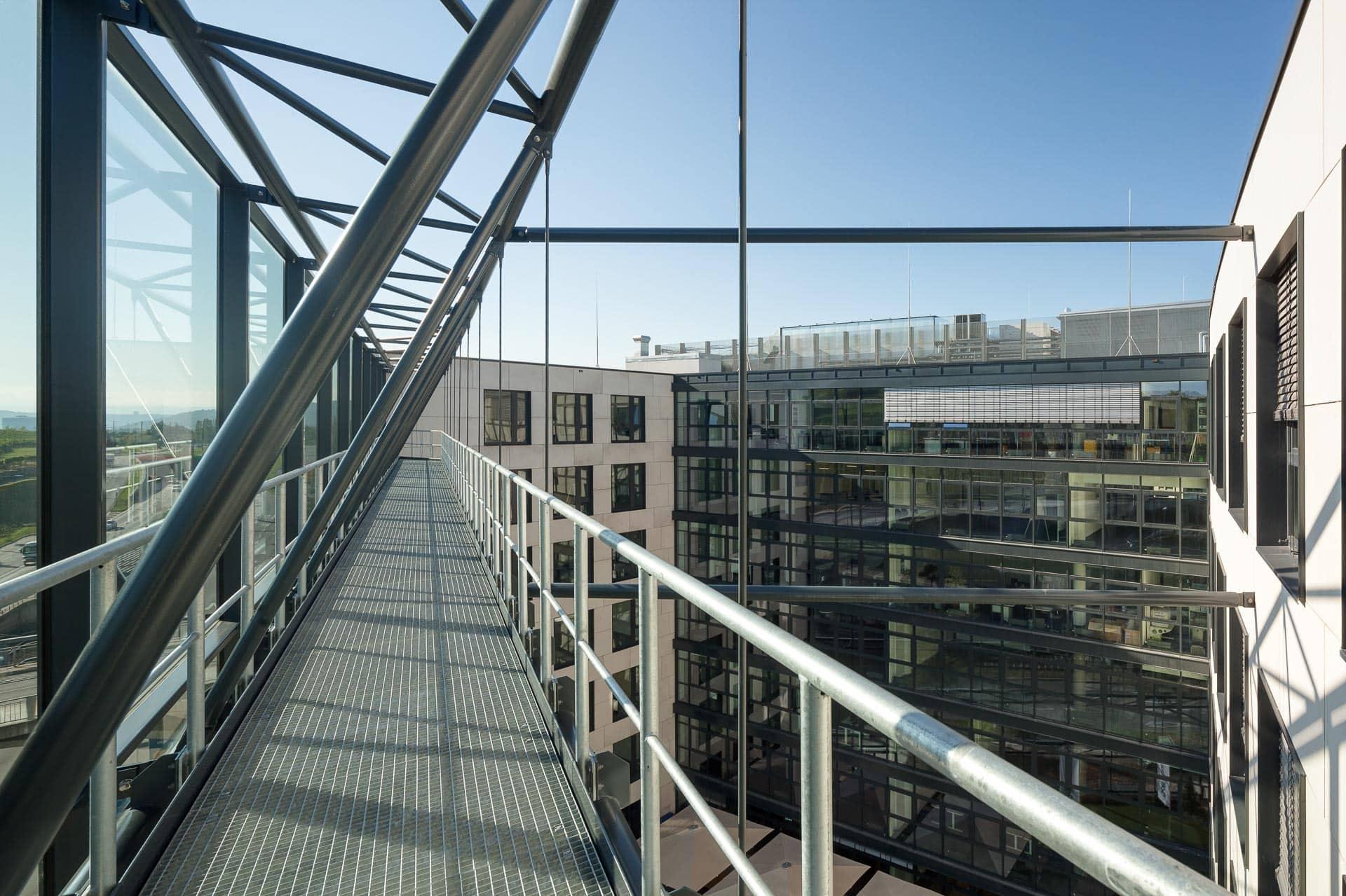 Bürogebäude-Fotografie Oasis II