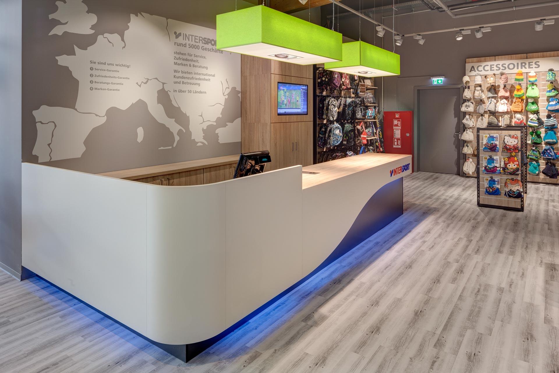 Retailfotografie Bayern: Intersport Ebersberg
