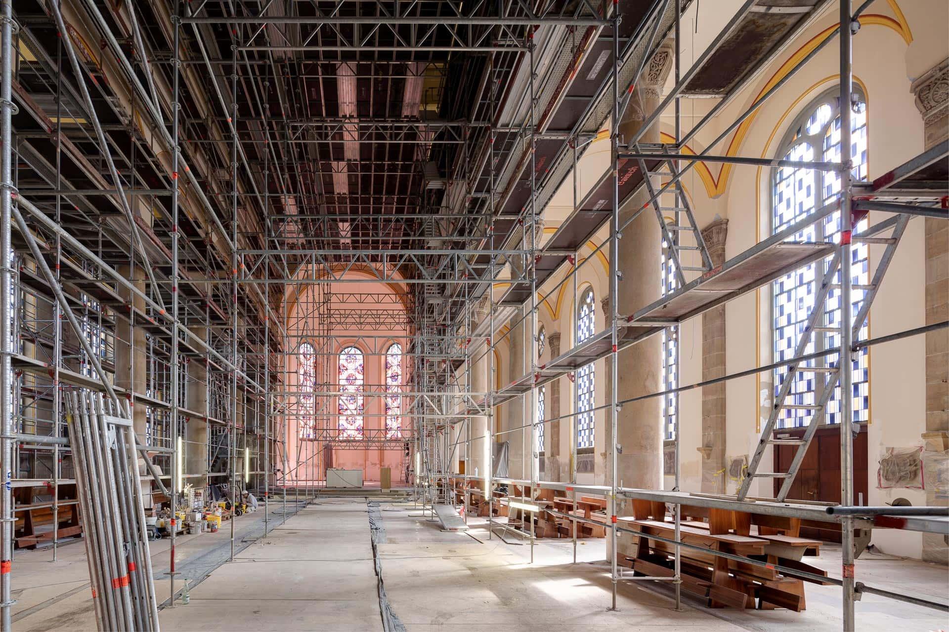 Architekturfotograf: Kirchenfotografie Sankt Petrus und Paulus, Neuhausen/Filder