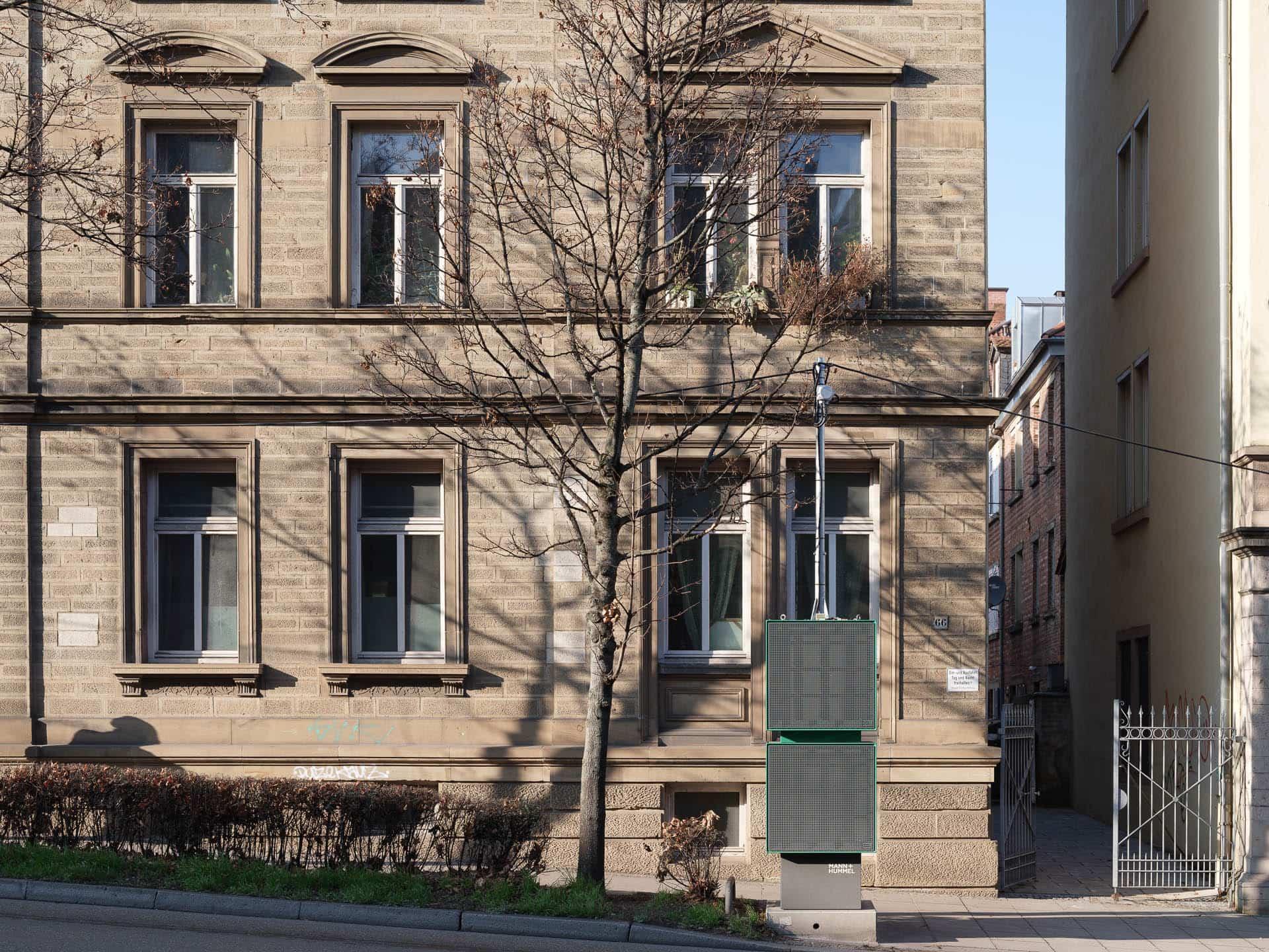 Bundesstraße, Hohenheimer Straße Stuttgart, Architektur, Feinstaubfilter, Filtersäulen