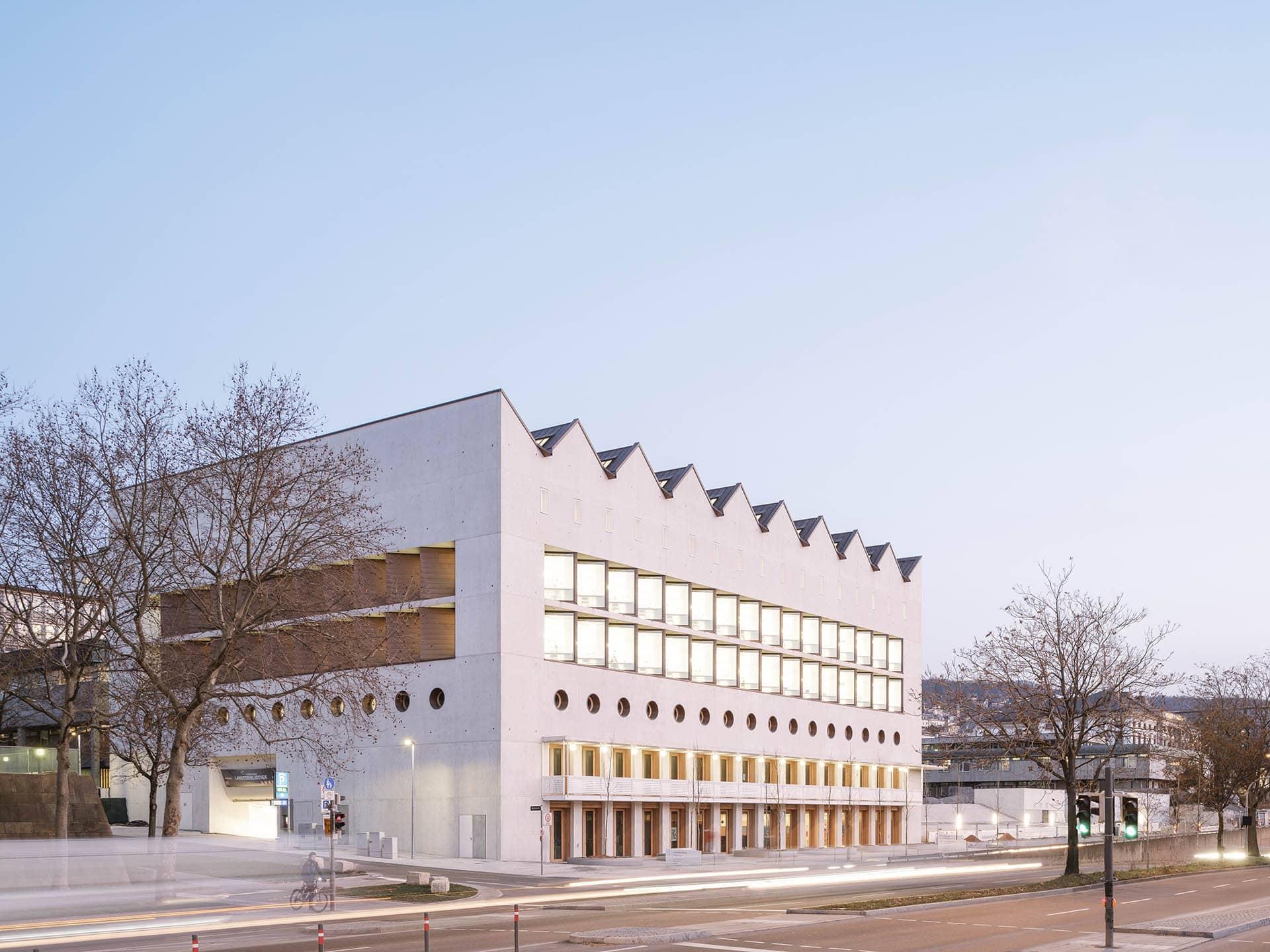 Architekturfotografie: Erweiterung der Landesbibliothek Stuttgart von LRO Lederer Ragnarsdóttir Oei