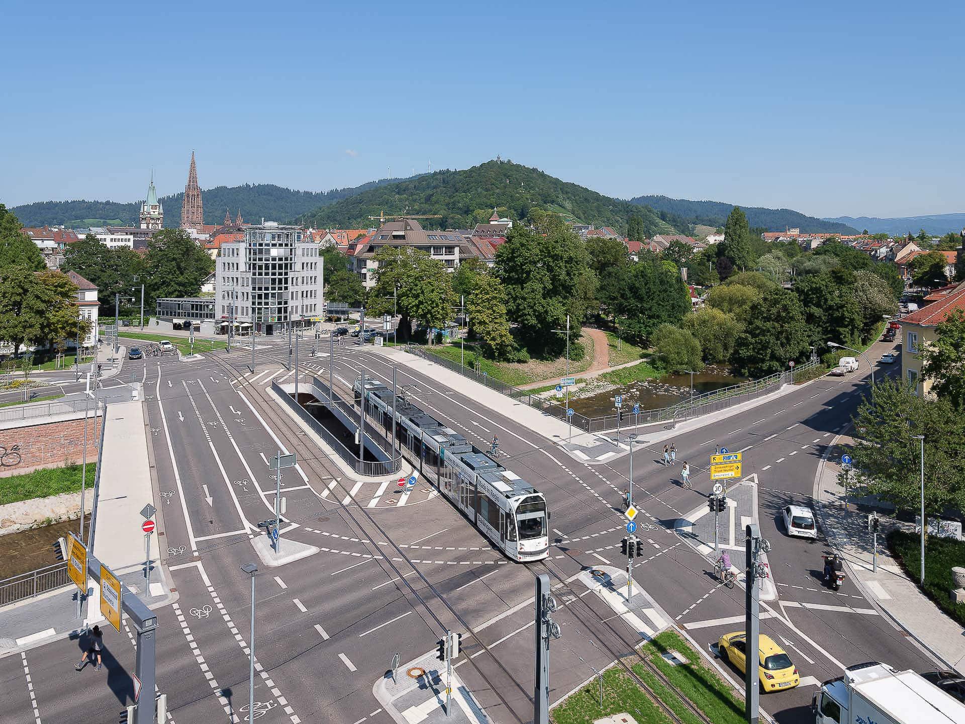 Kronenbrücke Freiburg. Copyright Dirk Wilhelmy Fotografie.